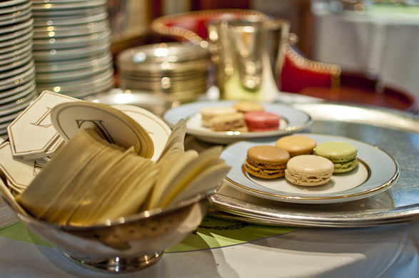 laduree, paris, france, travel, desserts