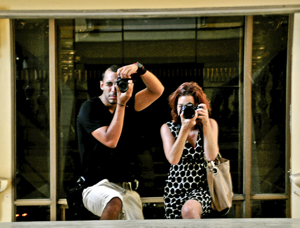 Travel, A guy meets a Girl with a Camera