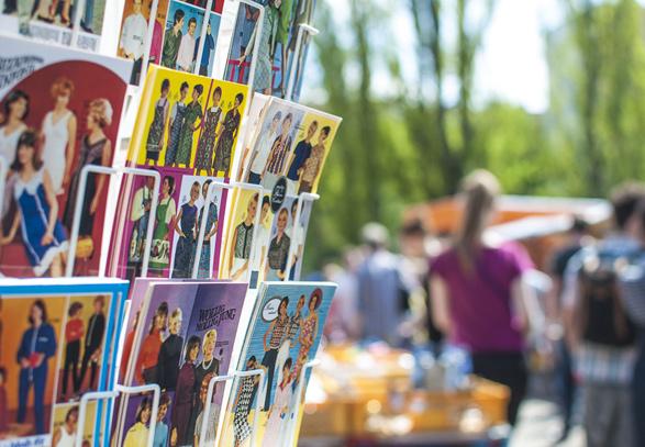 Flohmarkt, Flea Market in Mauer Park