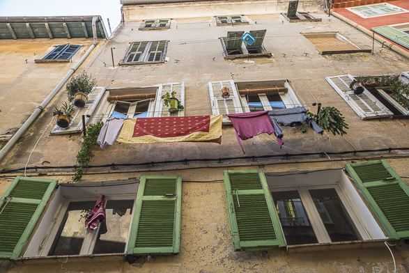 Menton, Intimacy under the Wires, French Riviera, Laundry