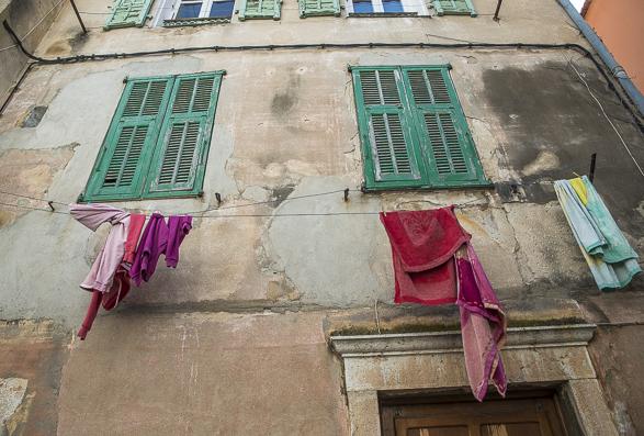Sivan Askayo-Menton Laundry-1-4